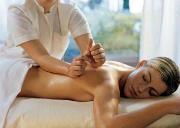 Где научиться делать массаж, не имея медицинского образования: полный список школ и курсов Москвы