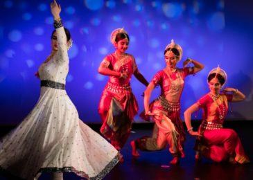 Где во взрослом возрасте научиться индийским танцам: все школы и студии Москвы