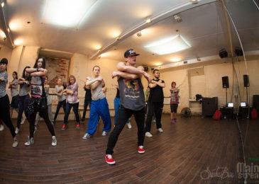 Где брать уроки джаз-фанка в Москве начинающим: хорошие школы и студии современных танцев