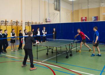 Детские школы и клубы настольного тенниса: какие лучше и сколько стоят тренировки