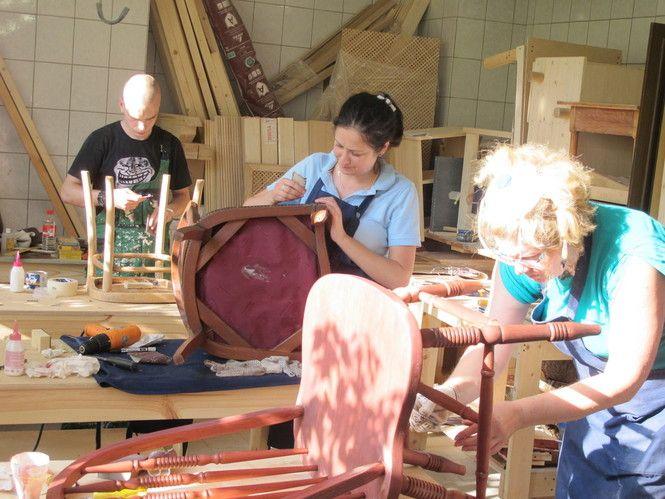 Где в Москве учат реставрировать мебель: все образовательные центры, школы и курсы