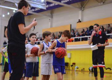 Куда и сколько стоит отдать ребенка на баскетбол: хорошие спортивные школы, клубы и секции для школьников
