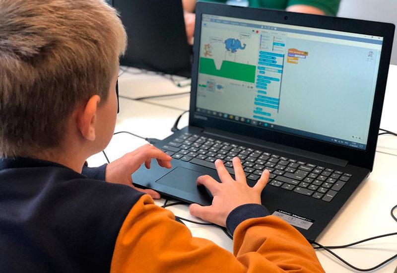 Как ребенку научиться программировать на Scratch: хорошие онлайн-школы, видео-уроки и бесплатные материалы